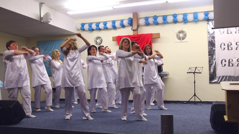 Танец ''Когда я вижу твою славу,Иисус''-Виталий Ефремочкин ,15 летие Церкви ИИсуса Христа 9.7.2017