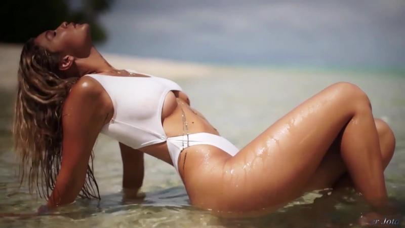 Gigi Hadid - Shape Of You (er Jota) (vk.com/vidchelny)