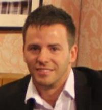Рисунок профиля (Олег Свинцов Руководитель отдела публикаций)