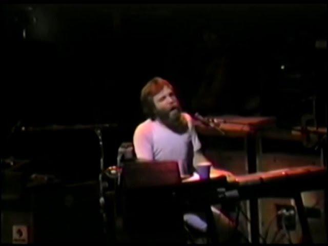 Louie Louie (2 cam) - Grateful Dead - 9-20-1988 Madison Sq. Garden, NY (set1-07)