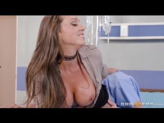 порно фигуристых медсестер фото