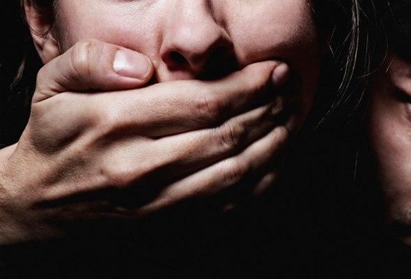 19-летний йошкаролинец изнасиловал девочку-подростка и избил мужчину