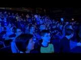 толпа скиндирует Na`Vi, Na`Vi на турнире в Киеве