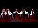 Русский народный танец, битбокс и необычный светящиеся платья!