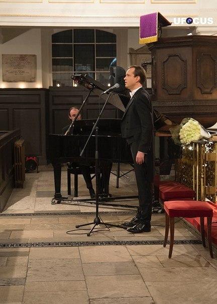 13 марта 2018 г., Песни любви, Grosvenor Chapel, Лондон, Англия J7Bk2L7vVp8