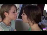 Очень влажный поцелуй двух лесбиянок