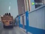Жесть на дороге !
