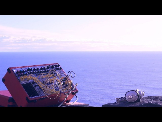 Modular Field Trip Ep. 06 - Ocean's Breeze With Mutable Instruments Rings Clouds,