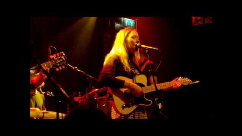 Julia Jacklin - Cold Caller - Live @ Bitterzoet, Amsterdam Feb 11, 2017