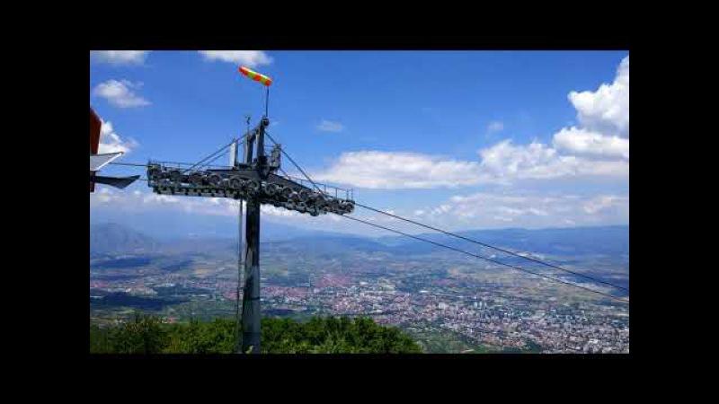Скопье-столица Македонии. Вид на город сверху.Крест Тысячелетия. Крепость.