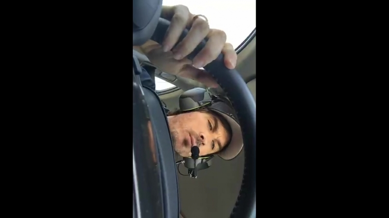 Иэн в машине - готовится к старту. 18.03.2018 AutoClub400 NASCAR