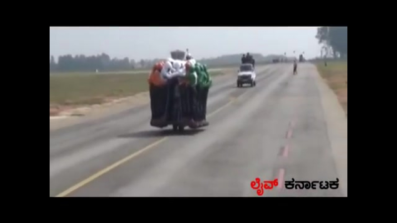 Indian Army Tornadoes Motorcycle Team _ 58 men on 500cc Royal Enfield