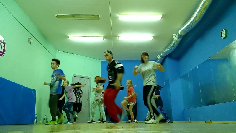 хип-хоп от команды Funk You Team/группа танца Центр! мариупольская школа танца D.S.F.!