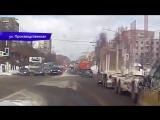 Видеорегистратор. ДТП на Производственной, бензовоз и кроссовер. 07.03.2018