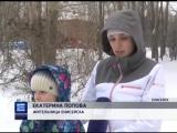 Житель Енисейска в одиночку готовит ледовый городок к Новому году