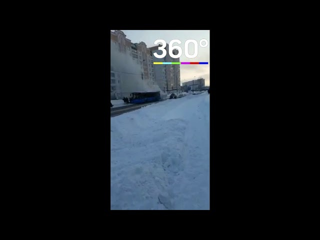 Маршрутный автобус загорелся наюго западеМосквы