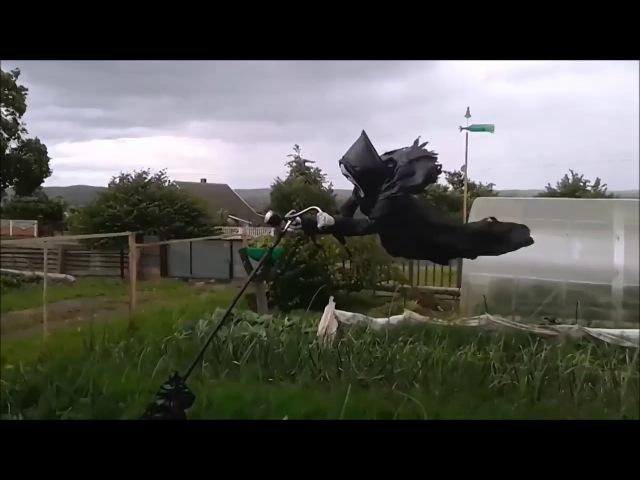 Пугало в огороде которого даже соседи боятся