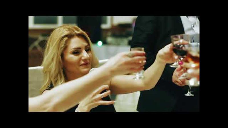 Манук и Лусине: Ресторан