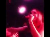 Ольга Бузова орет матом во время выступления Боже это круче Оргазма-это Пизд@ц