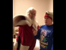 Санта не хотел бить громко😂🤶