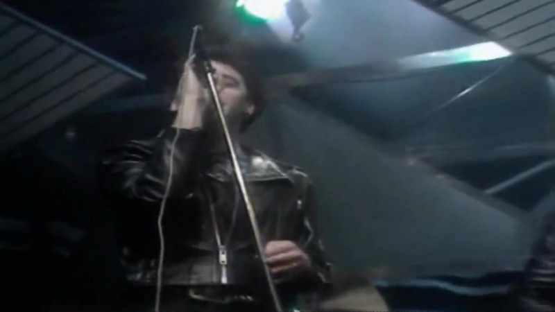 Iron Maiden - Woman in Uniform (Live @ Top of the Pops 1980)
