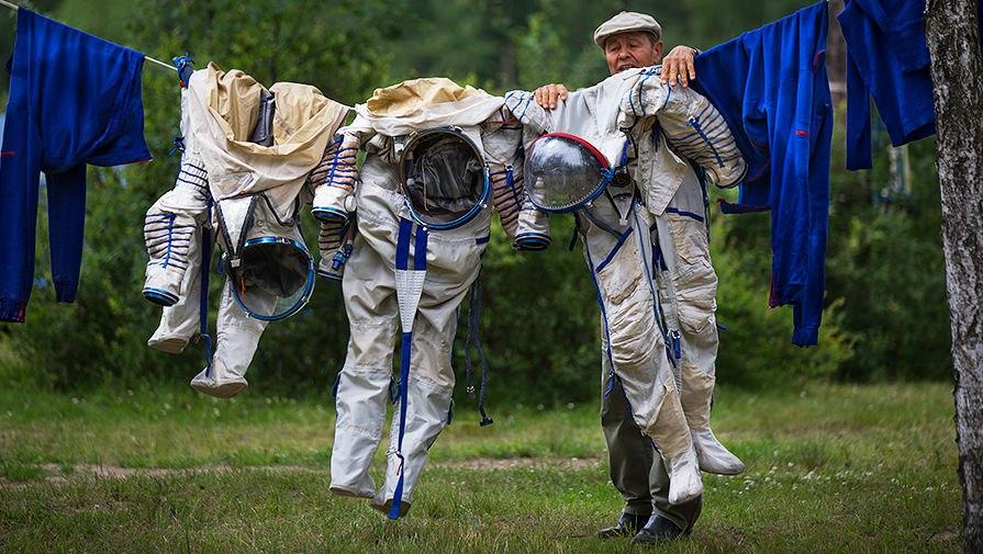 Смешные картинки про космос, юбилеем открытка директору