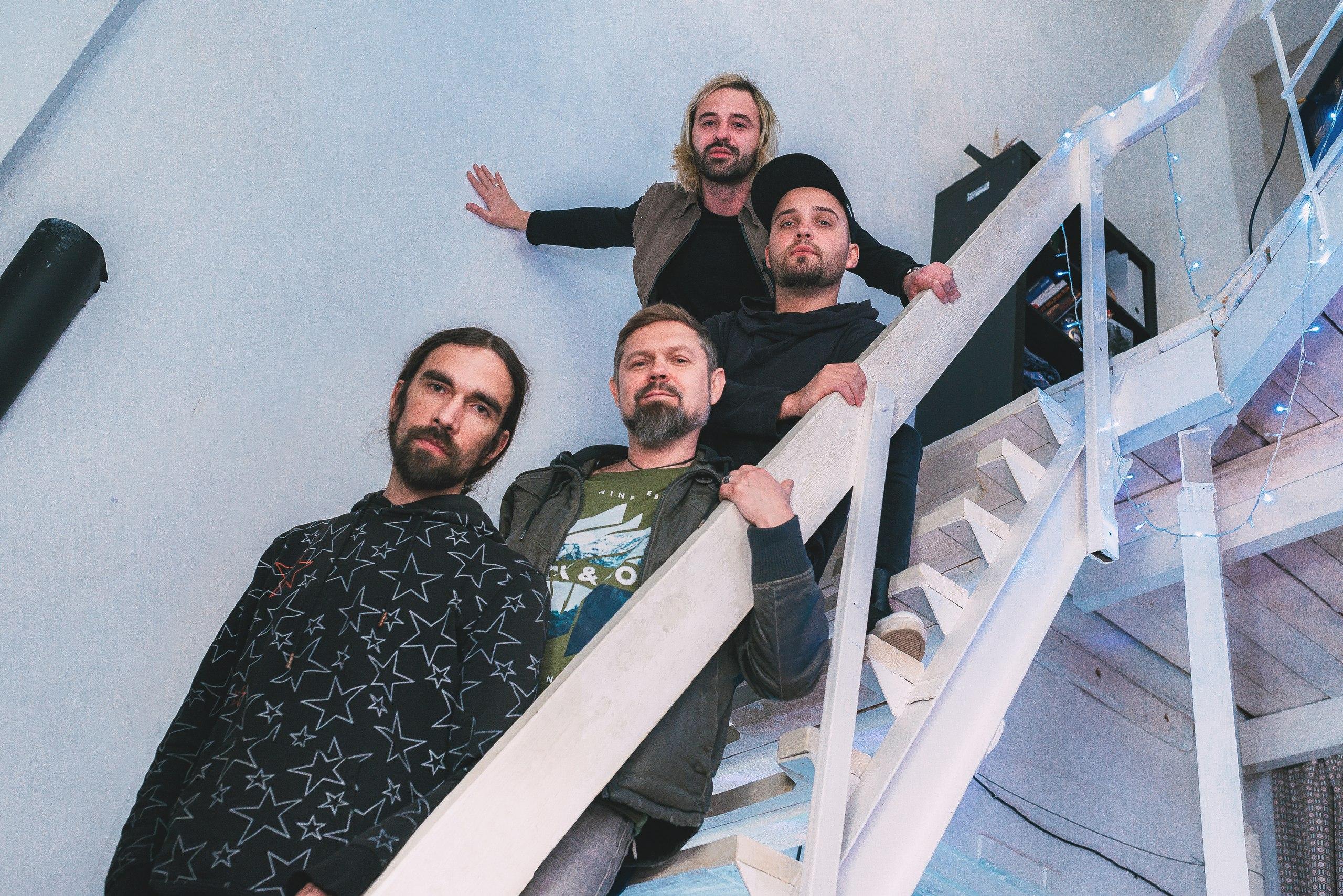 Евгений Стадниченко (7Раса) в интервью: «Мне понадобилось вернуться к своим истокам рок-барабанщика и вообразить себя Дейвом Гролом»