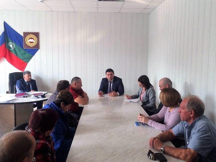 О проблемах развития спорта в Зеленчукском районе рассказали главе спортивного ведомства КЧР