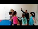 Занятия по вокалу🎤🎹 Детишки их так любят😊 ведь там столько интересного😋 Разминка на дыхание и артикуляцию 🎼 распевки🎤 упражнения