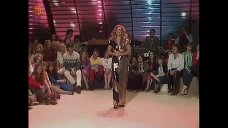 Danza et Jouez Bouzouki dans CHANSONS A LA CARTE LE 14 FEVRIER 1982(TV Belge)