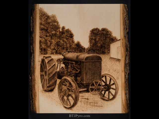 Pyrography of an old Tractor - Handcrafted woodburning (Time Lapse - 256x speed)