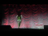 Cosplay Burlesque AnimeNEXT 2015 - Cherry Valentine as Poison Ivy