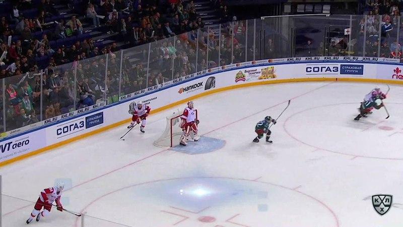 Моменты из матчей КХЛ сезона 17/18 • Опасный момент. Секач Иржи (Ак Барс) вышел один в один 12.09