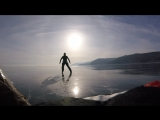 Уралец пересёк Байкал на коньках