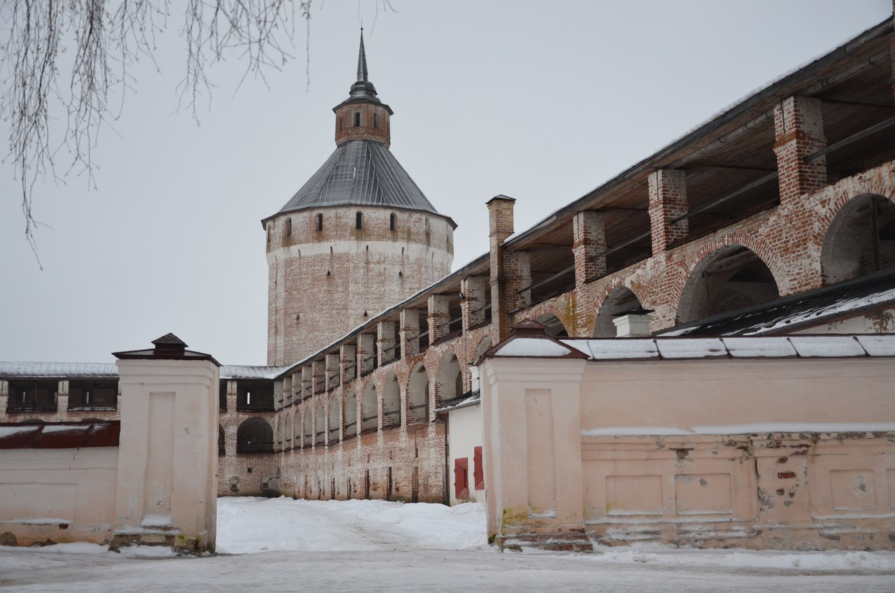 YnOyBCpMeBs Кириллов и Кирилло-Белозерский монастырь
