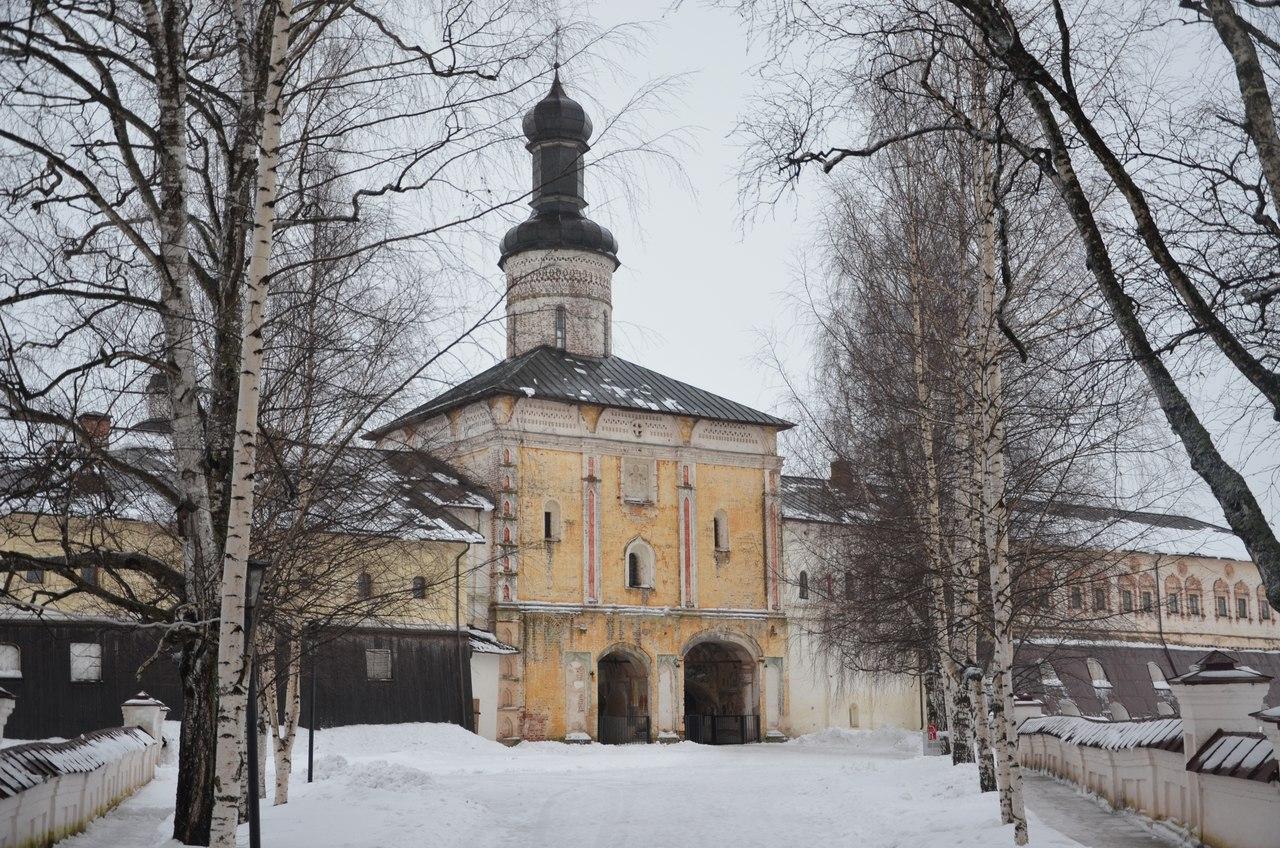 2qhtgBbsR5Y Кириллов и Кирилло-Белозерский монастырь