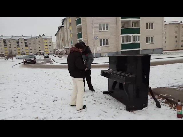 Прикол Взрываем рояльку