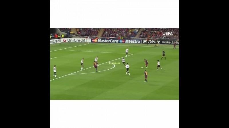 Leo's goal in the 2011 Final Favorite Me for 3 revines (VM When Done) 550 Followers? WeAreLIA ⭐️StarSoccerSquad⭐️
