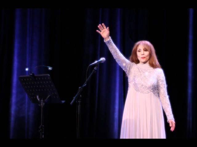 Mozart and Fairuz, Sängerin der arabischen Welt_ Ya ana Ya ana