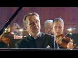 Бетховен - Концерт для фортепиано с оркестром №1 - Михаил Плетнев (2006)