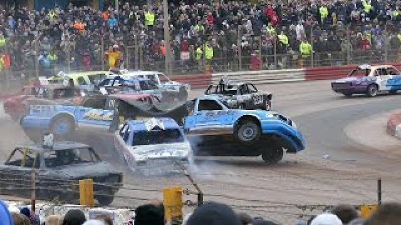 Banger Racing Arena Essex Firecracker XXV Plus Reliant Robin Bangers 6112016