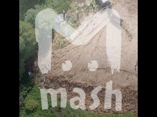В Новой Москве строители свозили мусор в деревню и маскировали его