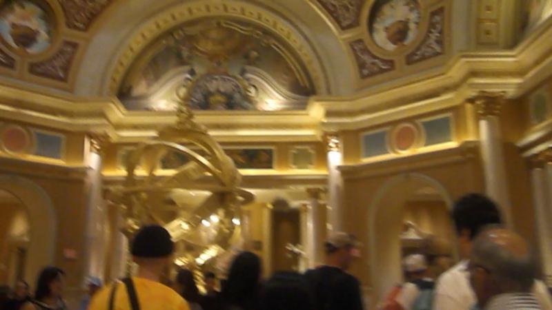 Холл отеля Venetian в Лас Вегас