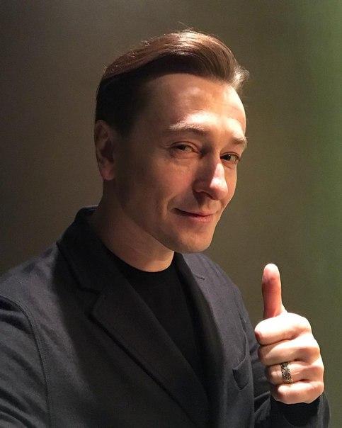 44-летний Сергей Безруков преобразился и помолодел