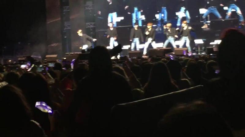 """08.01.18 [Фанмитинг COME TRUE в Гонконге] Кавер JBJ на BTS """"Blood, Sweat, Tears"""""""