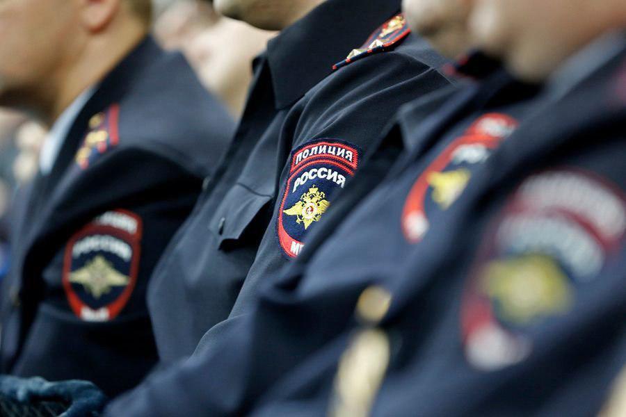 В Лианозове задержали мужчину, угрожавшего взорвать магазин игрушечной гранатой