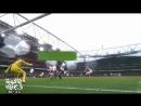 """فيديو كوميدي - حال جمهور أرسنال وهو يتابع فوز فريقه على توتنهام """" الفرخة واقفة في البلكونه """""""