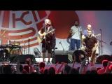 Фрагмент выступления группы Мгзавре́би  на фестивале