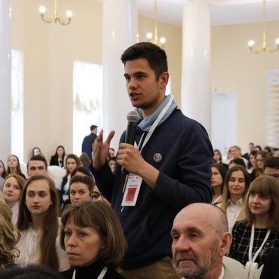 Александр Булавин