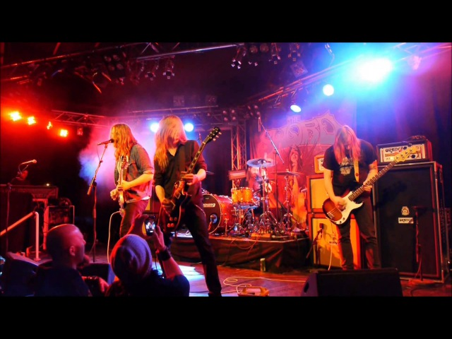Lonely Kamel - Stick With Your Plan (Live • Klubi • Tampere • Finland • 22-01-2013)